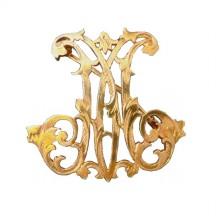 Broche or Jaune Initiale lettre M de style Louis XV
