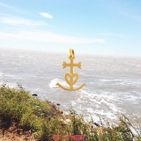 Croix or jaune des Saintes Maries de la Mer mini modèle