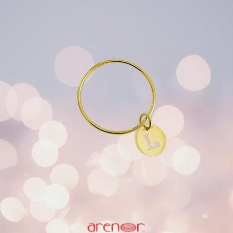 Bracelet jonc bébé avec médaille initiale découpée