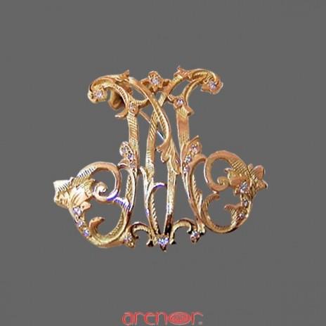 Broche or Jaune lettre M de style Louis XV avec diamants