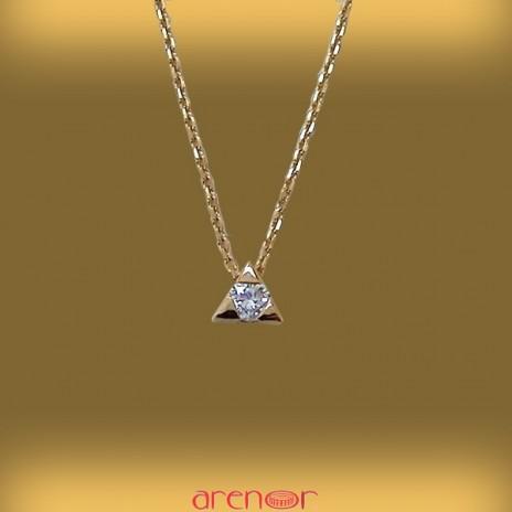 Collier le triangle magique avec diamant